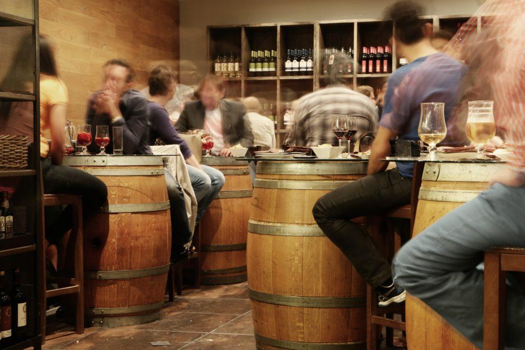 bornes de recharges pour bars