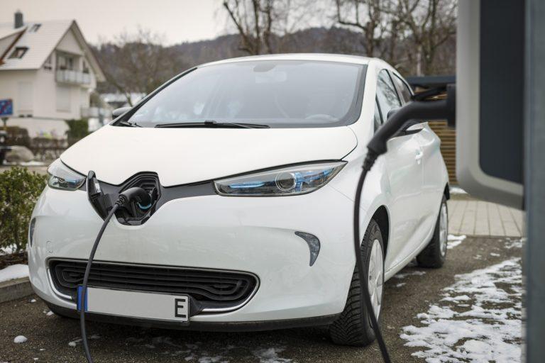 borne de recharge électrique voiture électrique domicile